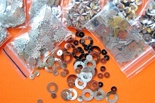 Flitry sypané 735 vel.5-15mm balení 3g stříbro