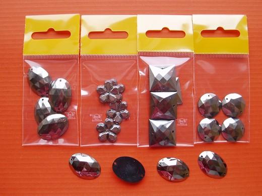 Našívací ozdoba 355 vel.17-25mm balení 4ks