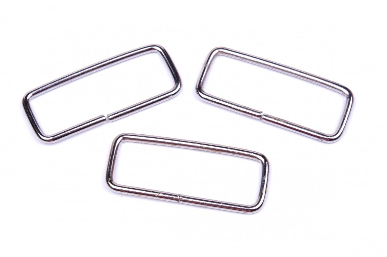 Průvlek kovový vnitřní průvlek 40mm nikl