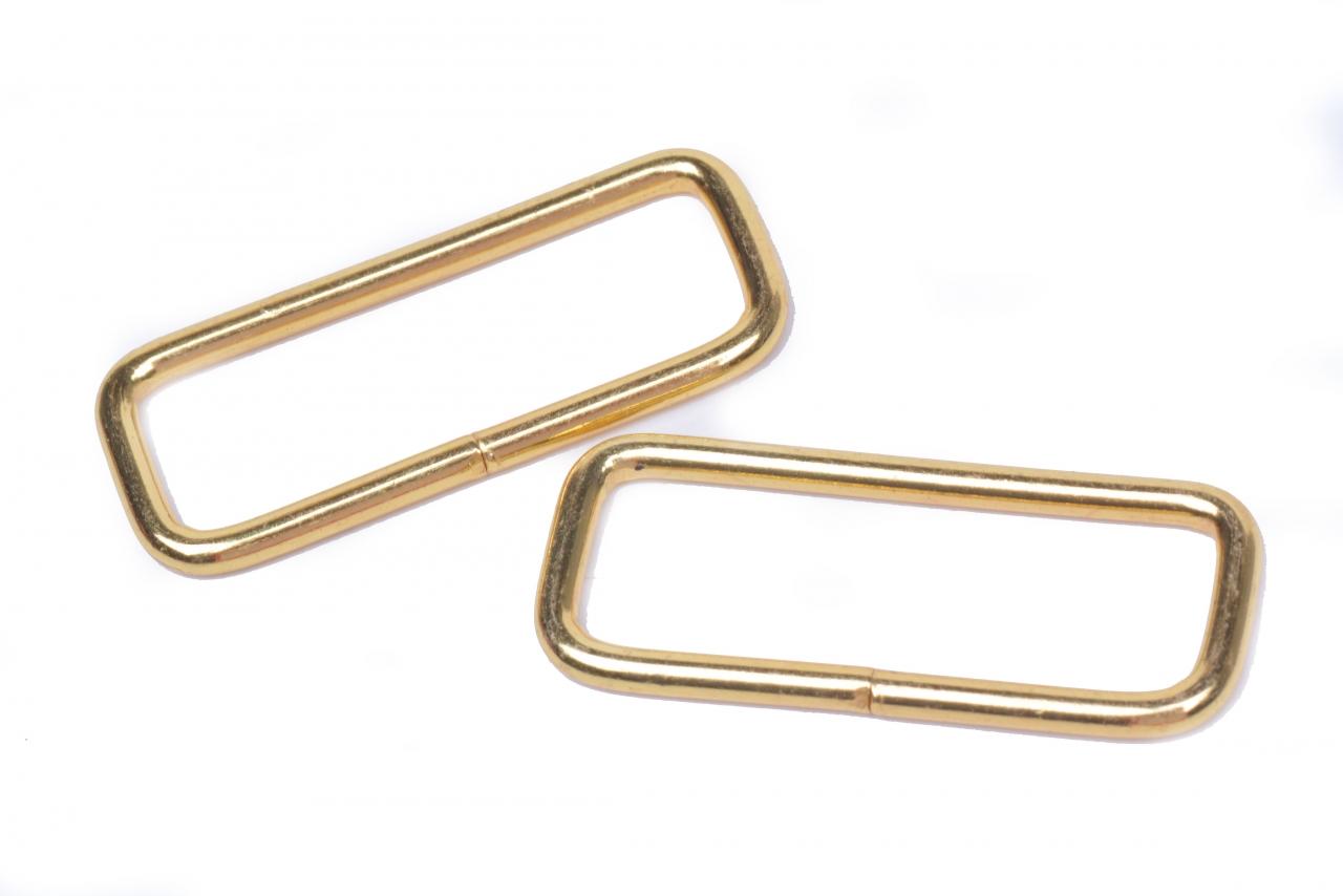 Průvlek kovový vnitřní průvlek 40mm zlatý