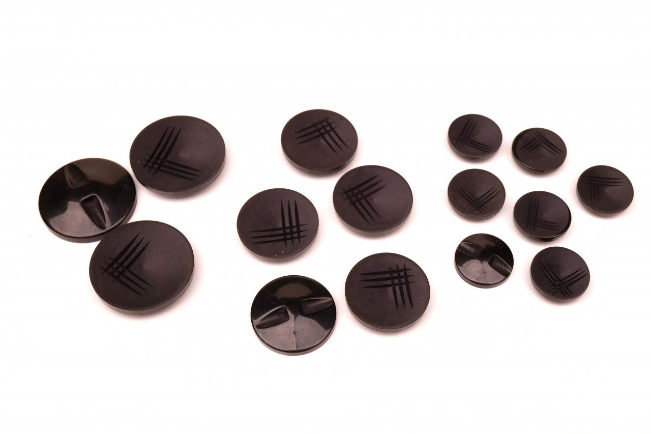 Knoflík oděvní 1112 vel.36 - 22,9mm černý