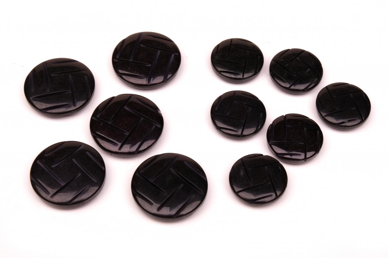 Knoflík oděvní 1114 vel.36 - 22,6mm černý