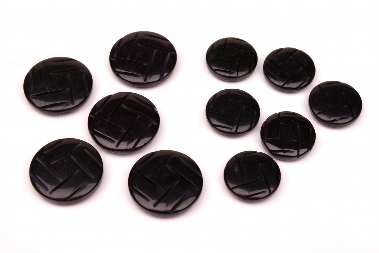 Knoflík oděvní 1114 vel.28 - 17,8mm černý