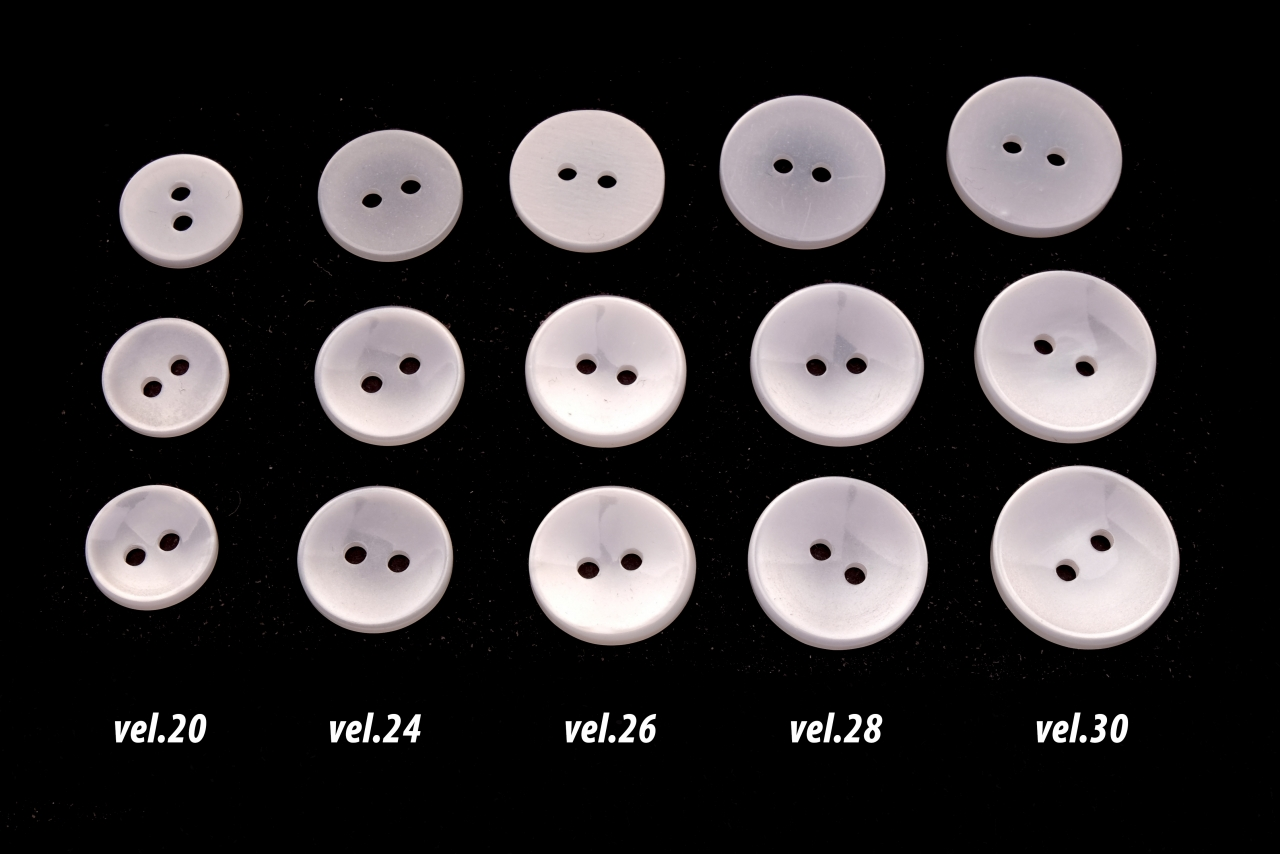 Knoflík prádlový vel.26 - 16,5mm